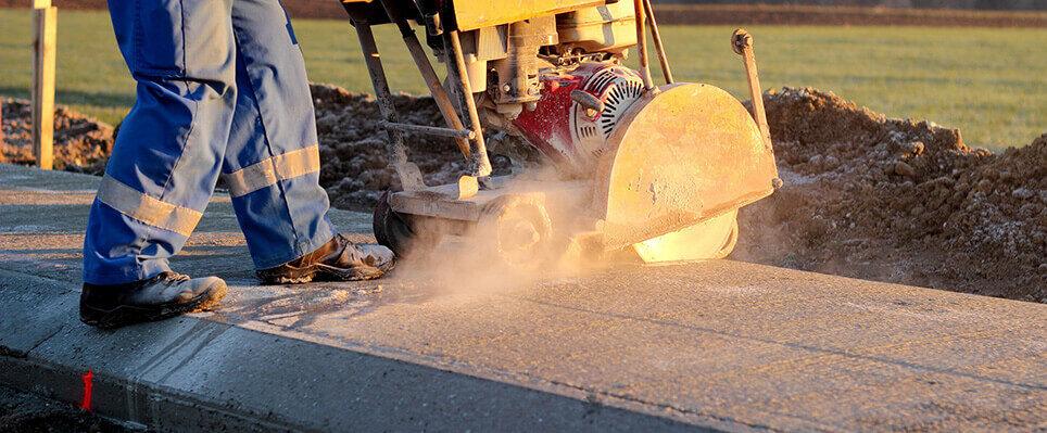 Cięcie betonu piłą jezdną